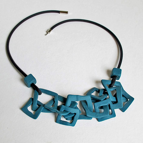 Claire-Marfisi-ceramic-necklace