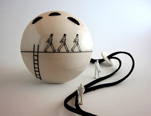 Marta-Armada-ceramic-pendant