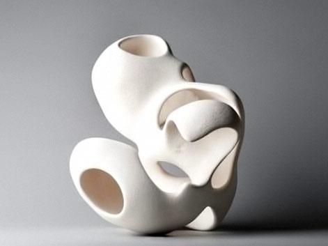Dorothée Loriquet. white polymorphic sculpture