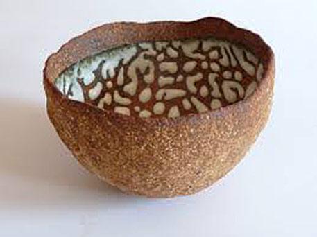 Nathalie-Van-De-Wouwer--ceramic-bowl