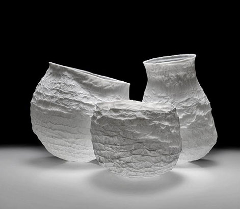 Omur-Tokgoz-(Turkey)---perfectly-imperfect-white paperclay vessels