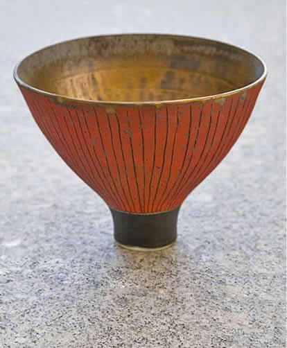 Red Porcelain-bowl-Ralph-Johnson