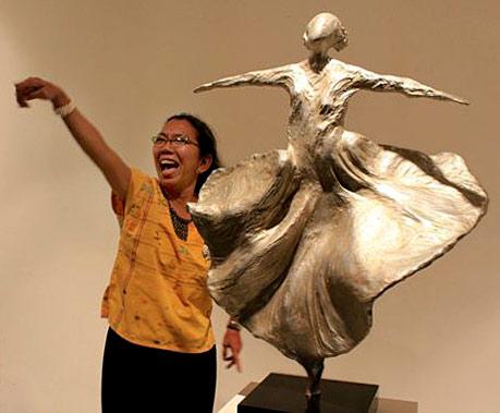 Dolorosa_Sinaga_Sufi-Dancer-foil-sculpture