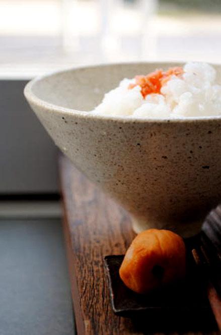 Shinobu-Hashimoto-rice-bowl with umeboshi plum side dish