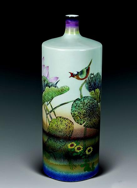 Jingdezhen porcelain bottle with bird motif