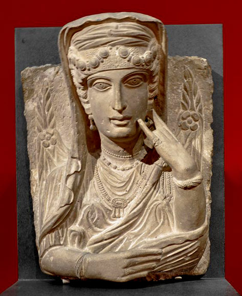 Funerary-portrait-of-a-woman-from-Palmyra,-Syria.-200–250-A.D