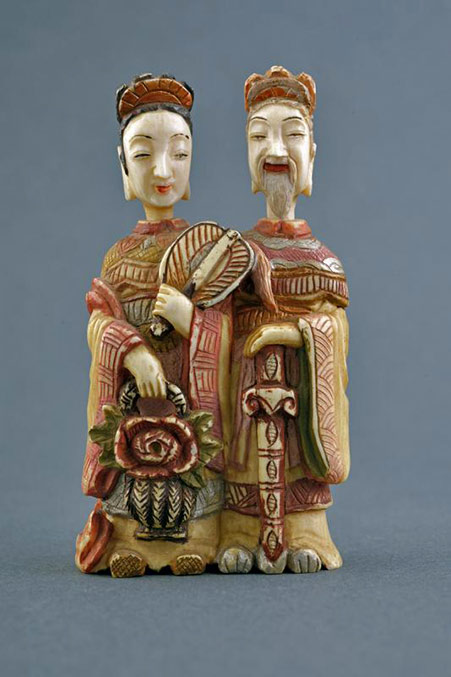 Chinese fine painted ivory double snuff bottle--dating19th-20th Century