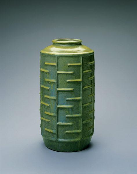 Grotell Maija green Vase-1942 - Cranbrook Museum