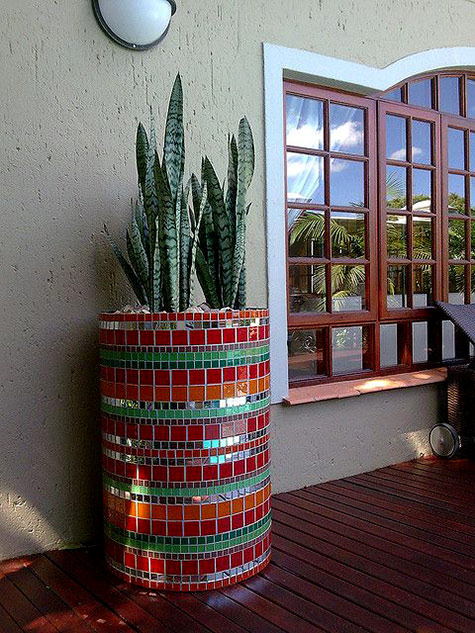 Pots And Planters From Medium To Huge