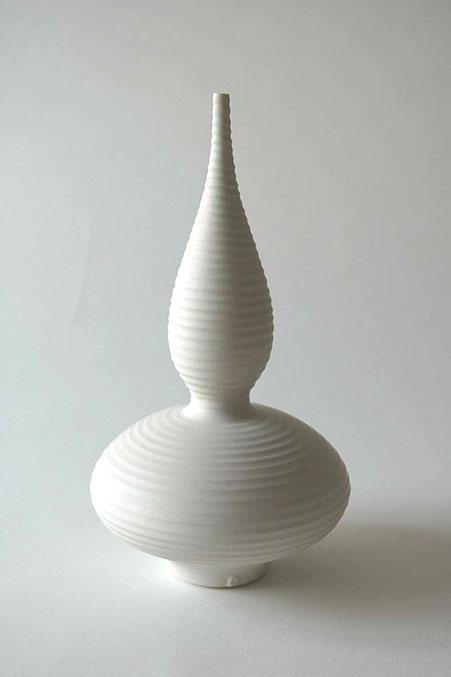Vivienne-Foley-Ridged-Spindle-Form-ivory-crackle-glazed-porcelain-32cm