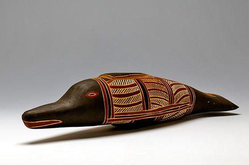 Mutjalandjal (Dolphin) sculpture-- Rrawun Ganambarr 2004 -- Hood Museum of Art, Dartmouth College